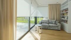 Japoński minimalizm czy barokowy przepych? Rolety wewnętrzne materiałowe współgrają ze stylem wnętrza