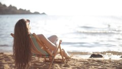 Przygotuj się na wakacje. Sprawdź, jak ochronić swoje ciało przed słońcem