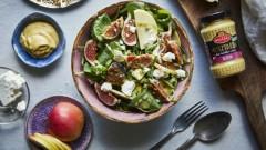Sałatka z figami, jabłkiem i fetą oraz prażonymi orzechami włoskimi  z dodatkiem Musztardy Dijon Roleski bez cukru