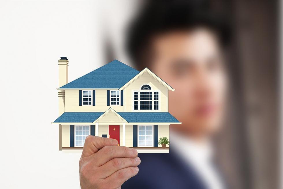 Jak żyją Polacy - kupujemy mieszkania czy stawiamy na wynajem?