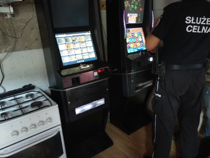 Jaskinia hazardu w podkołobrzeskiej wsi