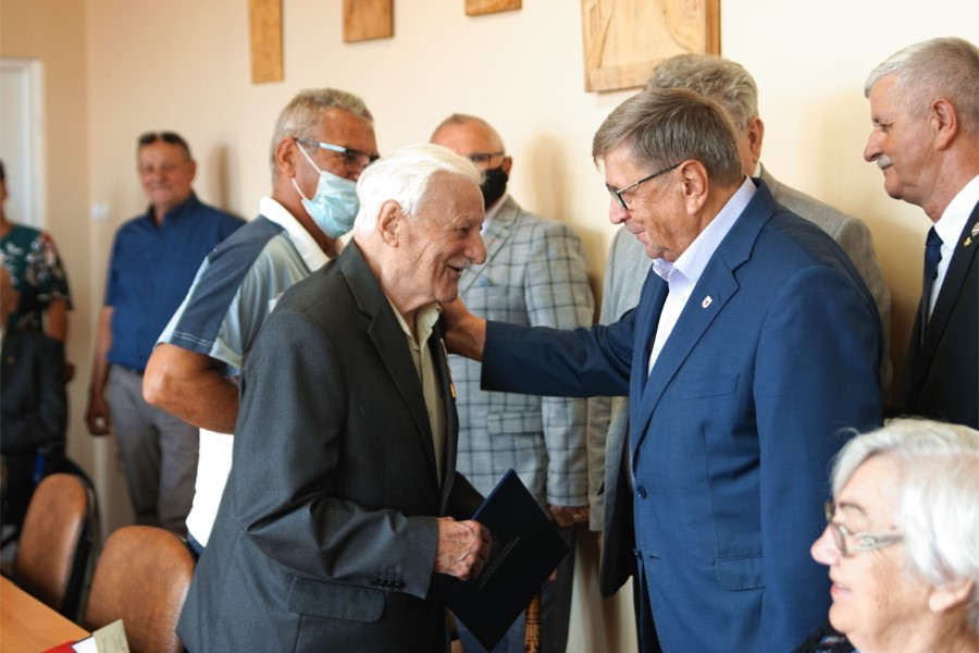 Kombatanci odznaczeni Złotymi Odznakami Honorowego Gryfa Zachodniopomorskiego!