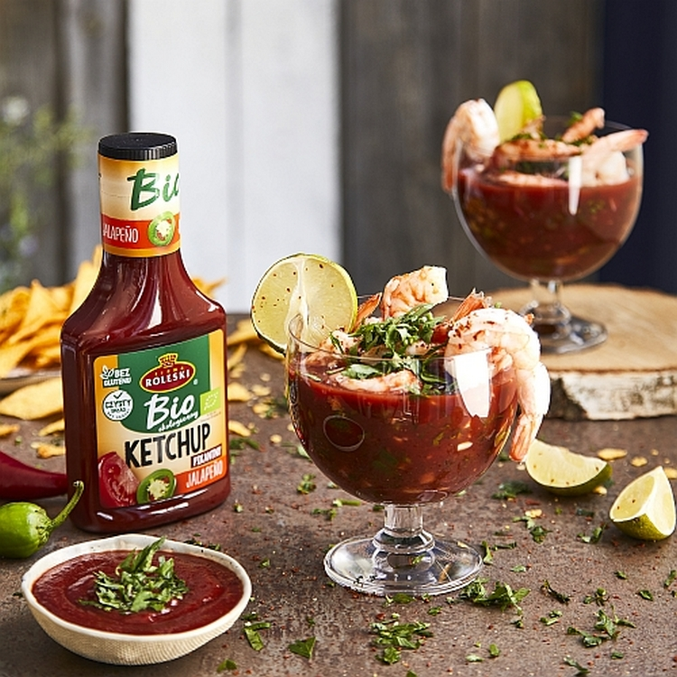 Meksykański koktajl krewetkowy z awokado, kolendrą i limonką z dodatkiem ketchupu pikantnego jalapeno BIO Roleski