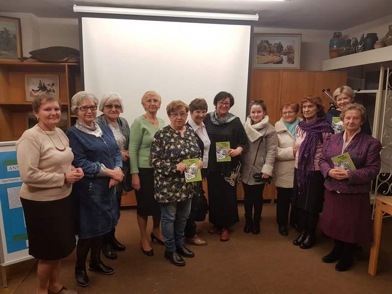Międzynarodowy Dzień Kota w Bibliotece - spotkanie z pisarką