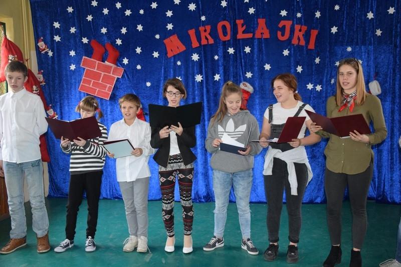 Mikołajki 2018 w MOS w Waniorowie
