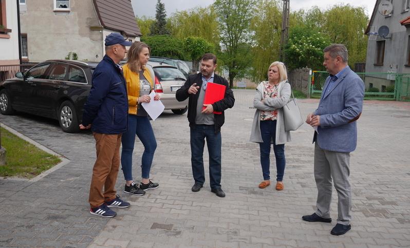 Nowogard: ulica Kazimierza Wielkiego po przebudowie
