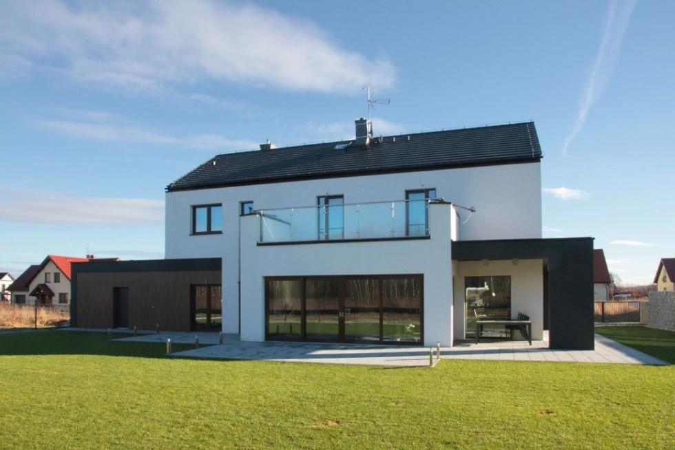 Ocieplenie budynku – jak zmaksymalizować przestrzeń użytkową balkonów i loggii?