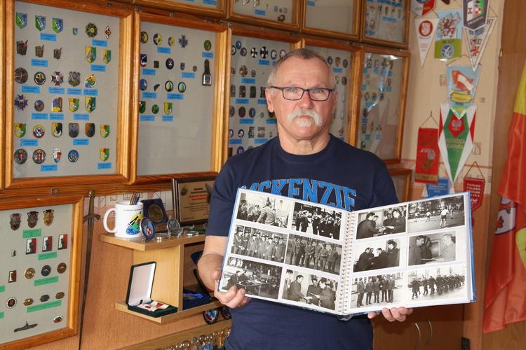 Pasja i rodzinne tradycje wojskowe – Jerzy Dąbrowski