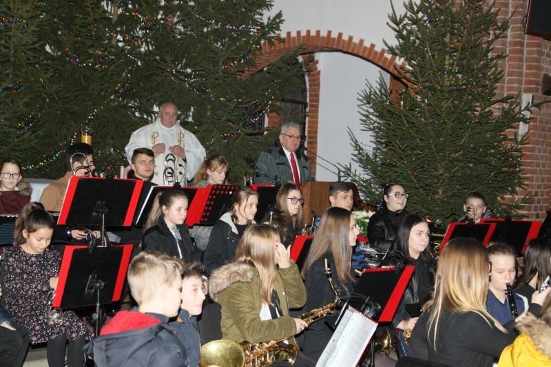 Płoty: Koncert Noworoczny Młodzieżowej Orkiestry Dętej