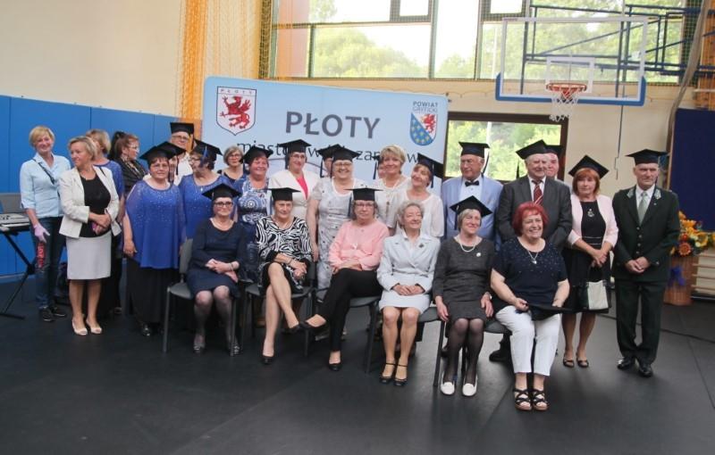 Płoty: Uroczyste zakończenie roku akademickiego Uniwersytetu Trzeciego…