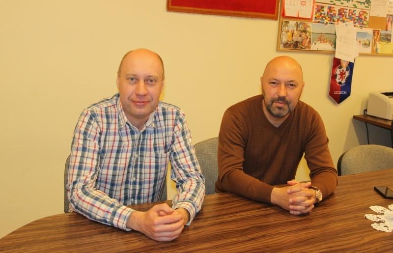 Strajk zawieszony, co dalej z oświatą w Płotach