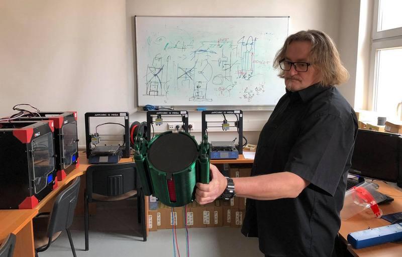 Szczeciński inżynier wydrukował respirator na drukarce 3D. Prototyp zostanie niedługo przetestowany