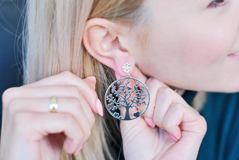W biżuterii liczy się dbałość o detal. Jak znaleźć kolczyki, które będą idealne?
