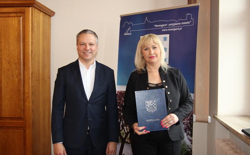 Wręczenie powołania na dyrektora MBP w Nowogardzie