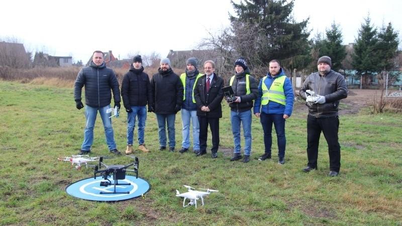 Nowoczesny dron w służbie policji, straży pożarnej i formacji OC w powiecie gryfickim